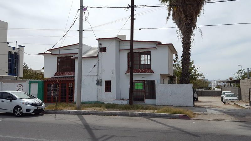 Isabel La Catolica, Isabel Lot, La Paz,