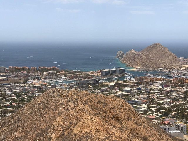 Miguel A. Herrera, Cerro La Antena, Cabo San Lucas,