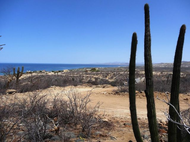 S/N, Cactus View lot, East Cape,