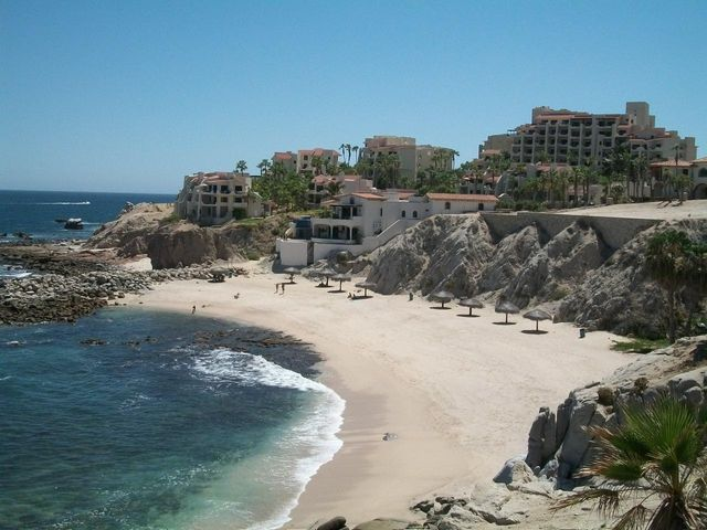 LOCATION, LOCATION, LOCTION. ON THE EASTERN POINT OF CABO SAN LUCAS BAY, WITH BEACHES ON THE EAST SIDE AND ON THE WEST SIDE.