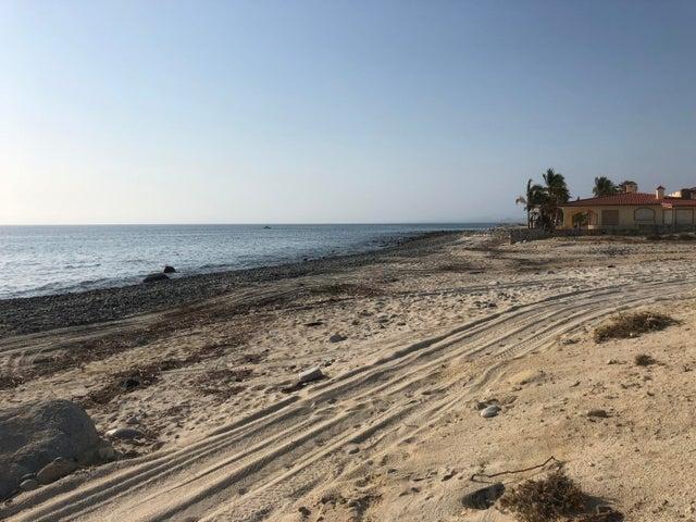Agua de la Costa, Roberto Beachfront 2, East Cape,