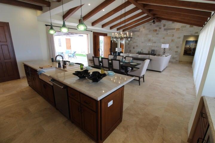Casa Angel open plan living
