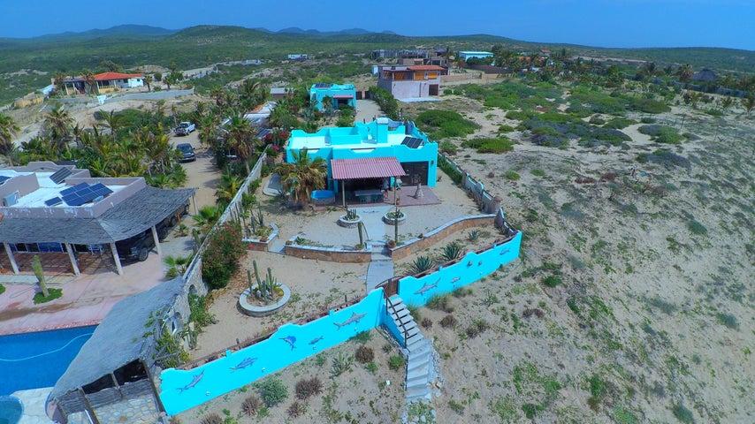 Casa, beachside