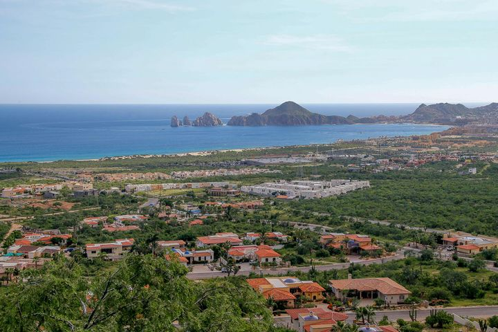 Rancho Paraiso, view from the heights