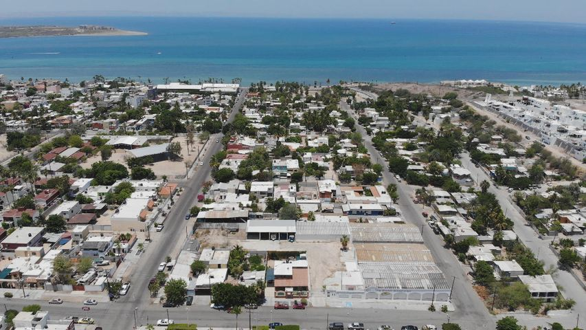 sn Francisco king st. corner with, Esterito property, La Paz,