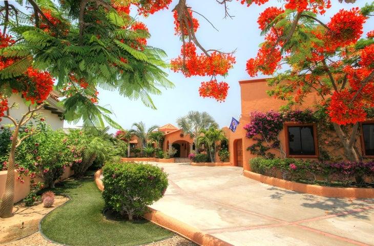 Entrance to Casa Laret