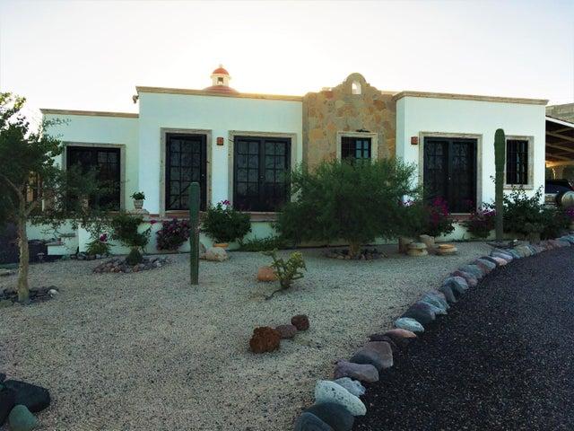 Calle 17 esq. Palo de arco, Casa Pitahaya, La Paz,