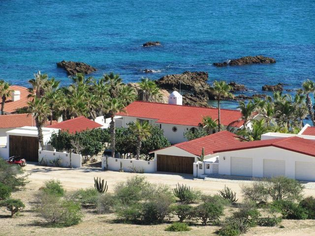 Casa Alvaro, East Cape,