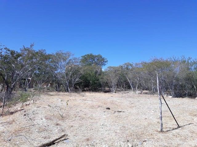 #31 palo blanco, lote maya, East Cape,