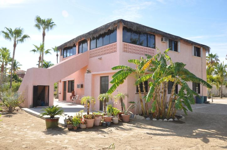 Av Damero, Casa De Las Tortugas, East Cape,
