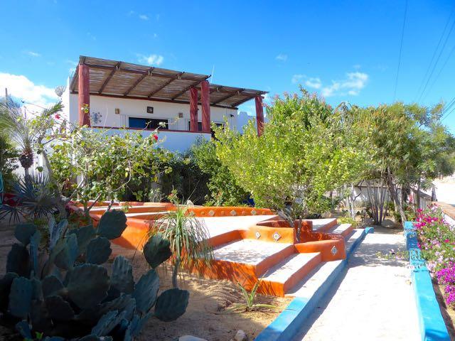 Calle Navegantes y Gaviota, Casa Jardin, East Cape,