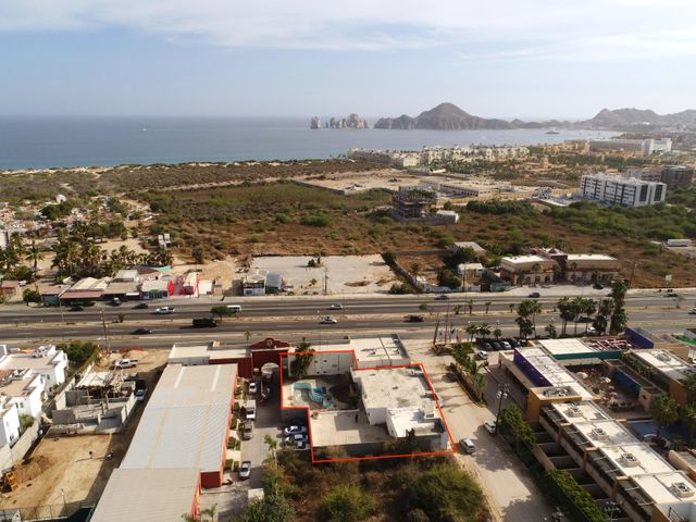 El Tezal, Casa Garza, Cabo Corridor,