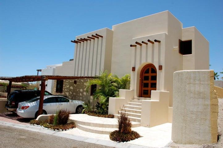 Casa Kurtz, Cabo Corridor,