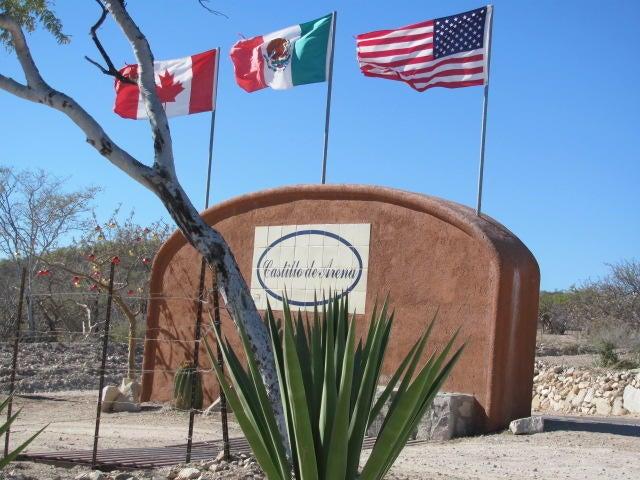 Entrance, Castillo de Arena
