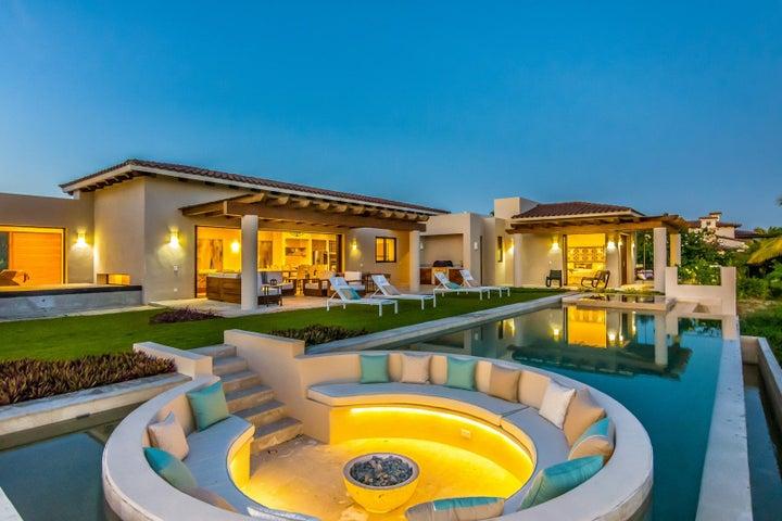 Villa Leonardo exterior