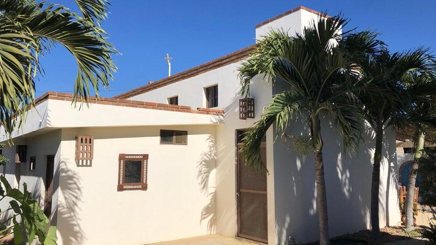 Calle Rangel, Casa Trudi, Pacific,