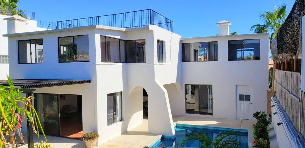 T206 Camino a la Playa, Casa Trevor Cabo Bello, Cabo Corridor,