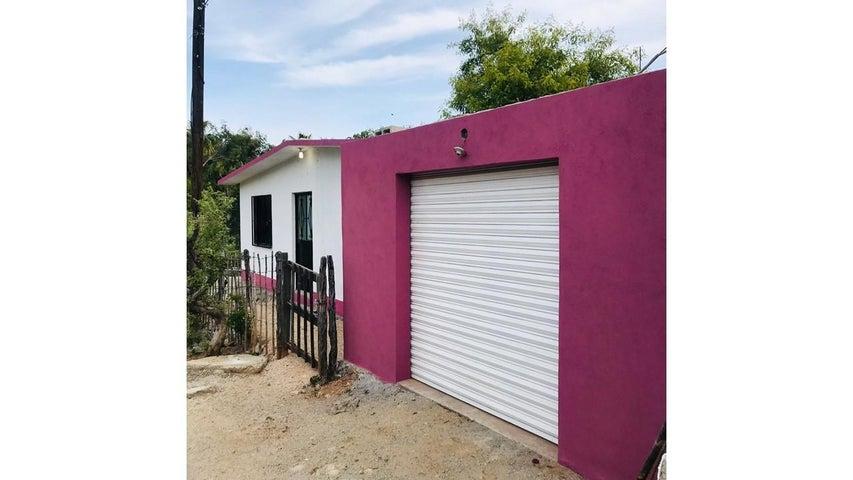 I Zaragoza, Casa Rosa San Antonio, La Paz,