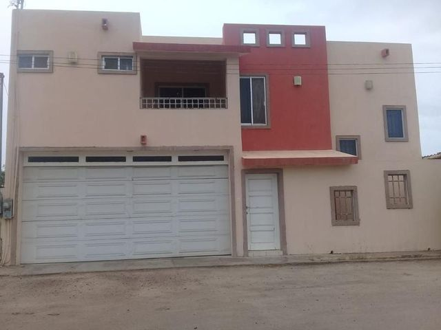 Emiliano Zapata, Chametla House, La Paz,