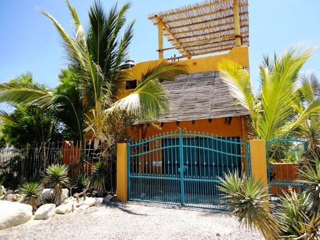 south of Club Cerralvo, CASA MIRAMAR, La Paz,