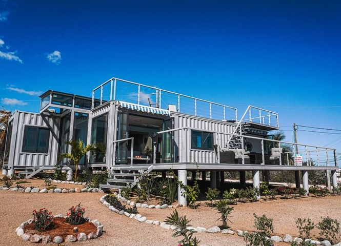 La Ventana - SIDE BY SIDE, CONTAINER HOMES, La Paz,
