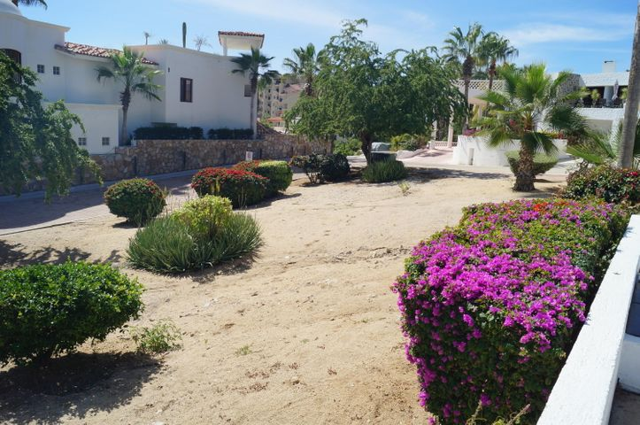 Camino a la Playa, Walk to Beach lot 10, Cabo Corridor,