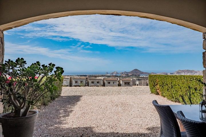 1.- Condo Cabo del Mar # 811