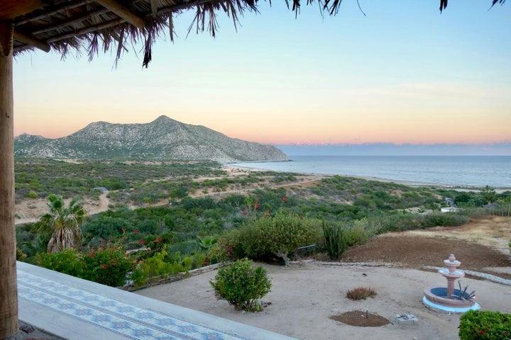 Los Frailes, 71 Vista del Mar, East Cape,