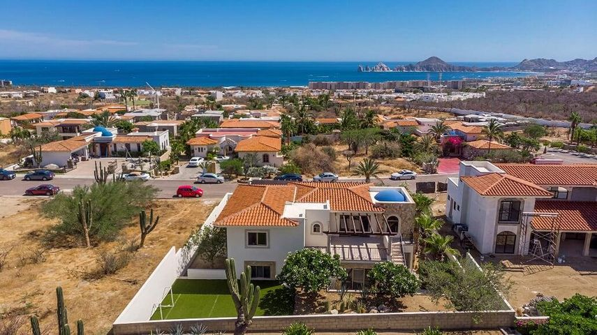 House with ocean views in Cabo san lucas