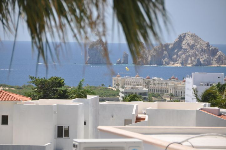 Unit 30, Arch View Home Furnished, Cabo Corridor,