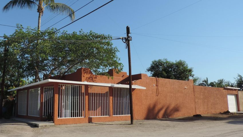 27830 Casa La  - Home