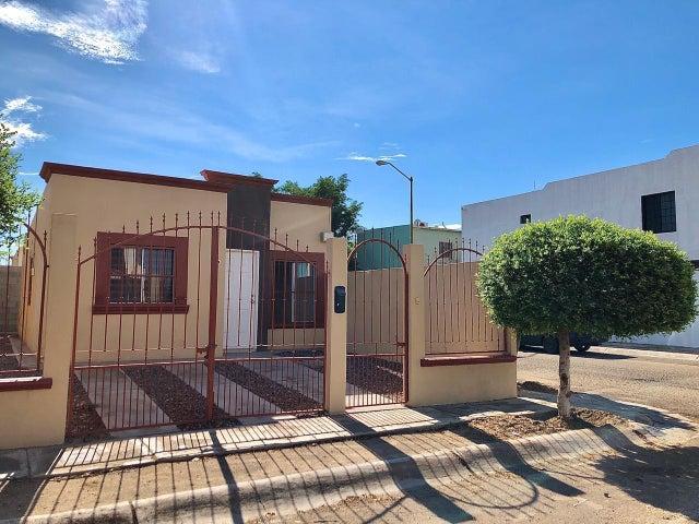 341 Villa Flores, Casa Encanto, La Paz,