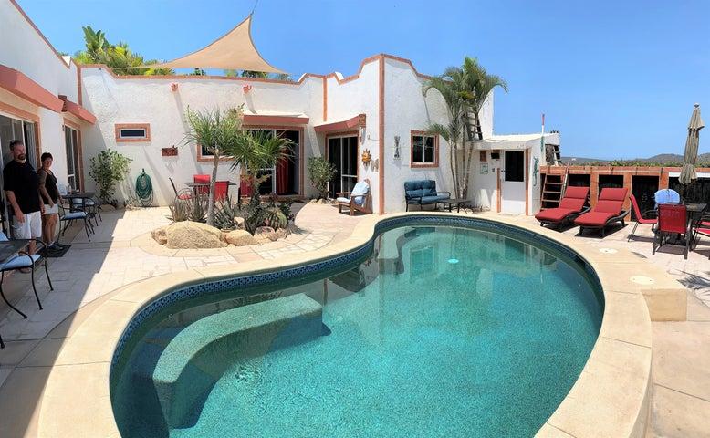 Quintas California Avenue, Cabos Little condos, Cabo San Lucas,