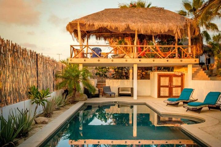 S/N, Oasis Pool Home, Pacific,