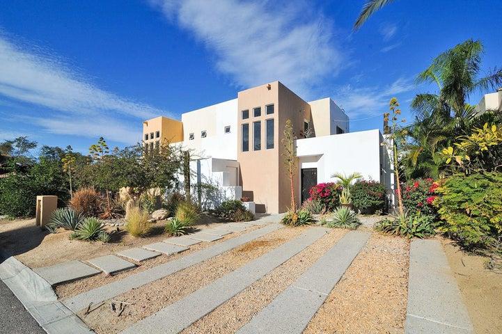 20 -, Los Tules Residencial, San Jose Corridor,