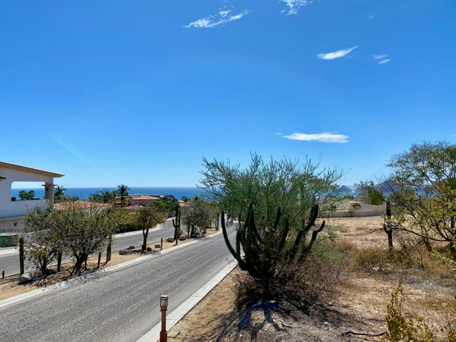 1.- Lot Rancho Paraiso #12F