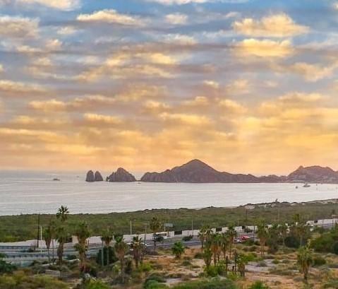 BAY VIEW 2BED PENTHOUSE, VISTA DEL ARCO., Cabo Corridor,