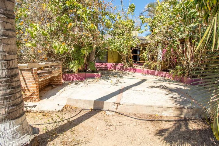 Calle S/N, Secluded Las Brisas Garden Par, Pacific,
