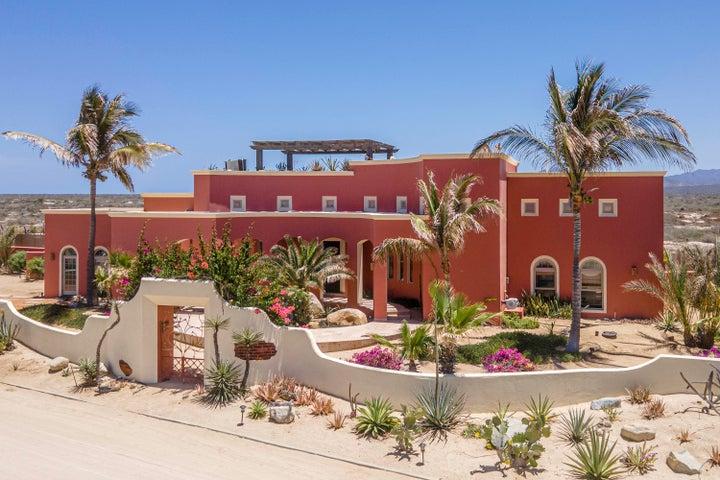 Casa Lily, a beautifully designed corner lot home.