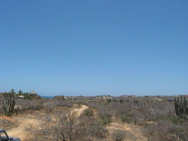 Los Zacatitos, Zacatitos Mza XVI Lot 14, East Cape,