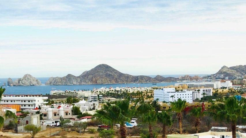 Crispin Ceseña, Colinas del Tezal Condos, Cabo Corridor,