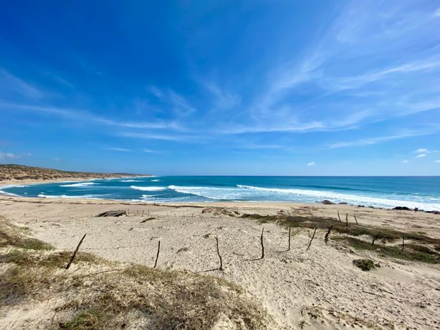 Calle Cabo del este, Nine Palms Prime Surf Reserve, East Cape,