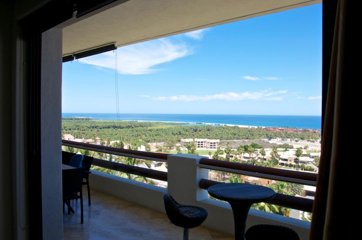 Enjoy panoramic views from Punta Gorda to Punta Palmilla over the San Jose del Cabo Estuary, Golf Course and the hotel corridor. This two-bedroom, two-bathroom residence comes with high-end finishes and includes two additional storage units, as well as, an underground parking space and a car port. Alegranza sits atop of a hill within the neighborhood of Residencial Campo de Golf in San Jose del Cabo. It is minutes from the beach and from down town San Jose del Cabo. This community offers great amenities, which include: three swimming pools, two spas, a fire pits, a gym, a tennis court and a full restaurant, and 24hour security.