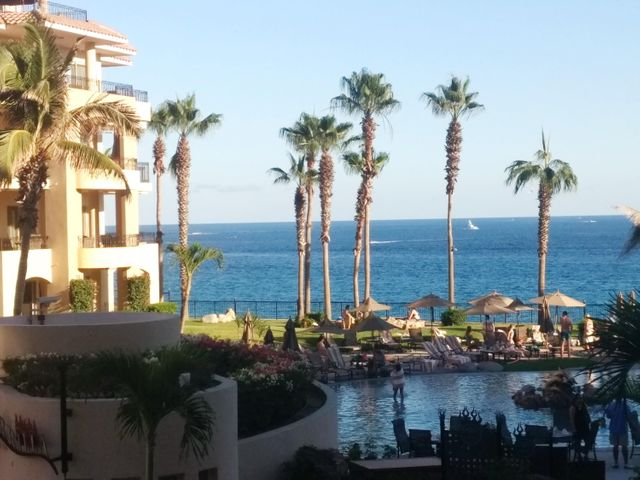 Great Second floor unit, with great views....easy access to pools, restaurants, spa, and the BEACH!!!