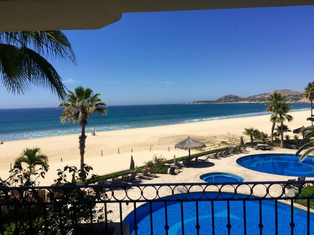 Right on the beach!!!  This lovely 2 bed/ 2 bath condo unit is move in ready, bright and cheerfully decorated , boasts a large terrace and sensational Palmilla view.  Price of the sound of the waves...nada. THIS UNIT COMES WITH A GARAGE!!!! El Zalate is located close to restaurants, shopping, and has a convenience store located on the property.