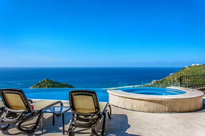 Villa Los Amigos Camino de la Barranca, Cabo San Lucas,  23450