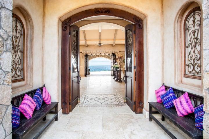 Beachfront Hacienda Villa Serenity, San Jose del Cabo,  23400