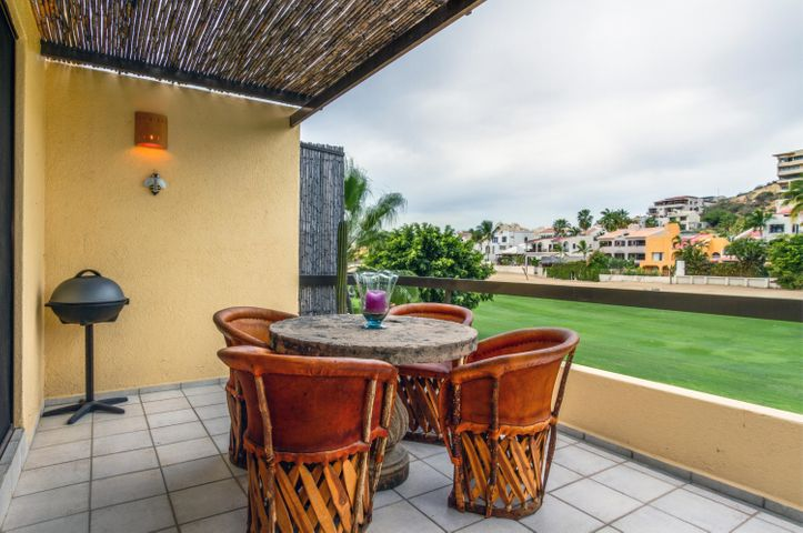 Nice condo located on gated community of Club La Costa. This unit has 2 bedrooms, 2 bathrooms and an amazing golf course view. Living room and Master Bedroom with spacious terraces and great views.Walking distance to downtown San Jose with all the restaurants and shopping and beach.