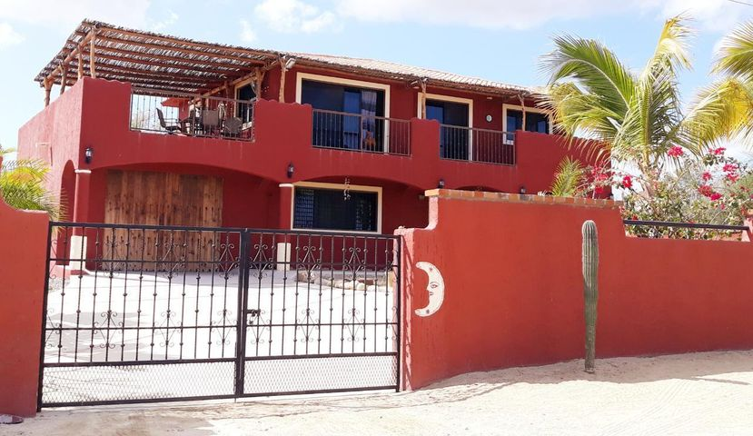 Casa Mexicana Buena Vista, Highway #1, East Cape,