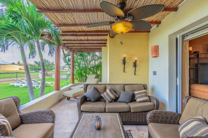 Totally upgraded 3 Bedroom & 3 Bath 2,000 sq ft home.Las Quintas is a Boutique community with only 32 units ,2 pools ,24 hour security with a golf coarse wrapped around. The location doesn,t get any better.. walking to the beach ,town ,groceries.Big bonus is it comes with a titled huge bodaga.....This is a must to see